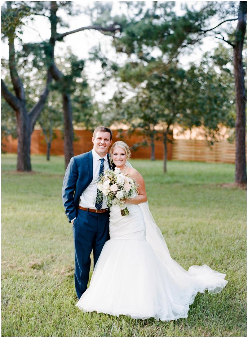 Chandelier Grove Wedding_0040.jpg