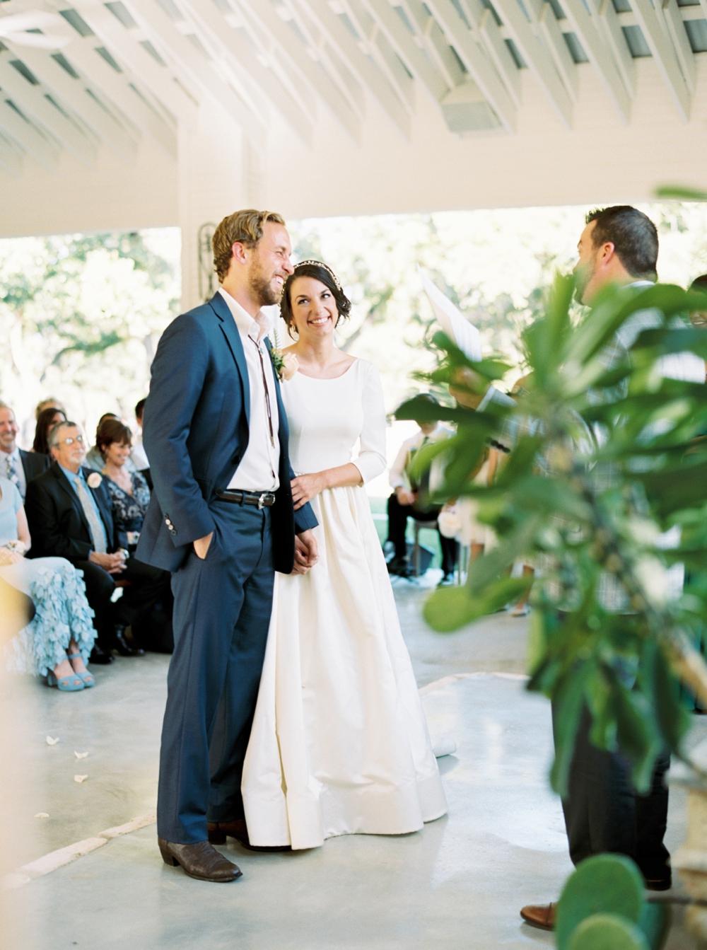 chandelier-of-gruene-wedding82.jpg