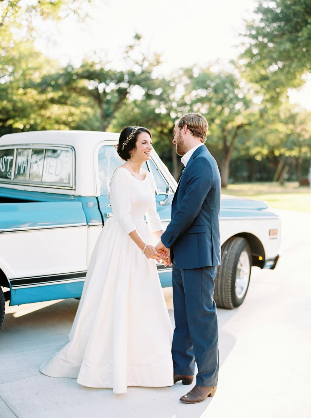 chandelier-of-gruene-wedding106.jpg