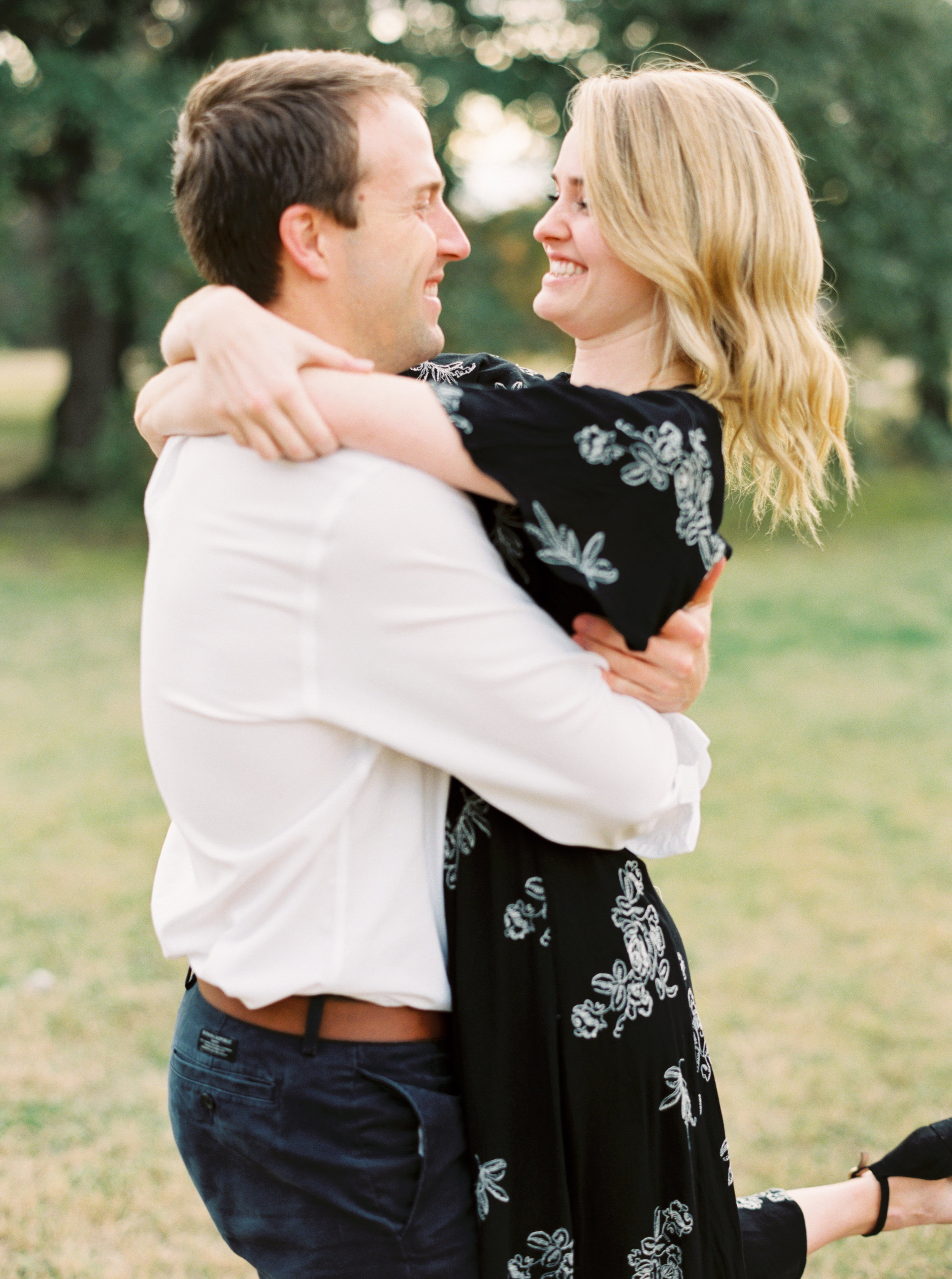 Engagement Session Outfits-83.jpg