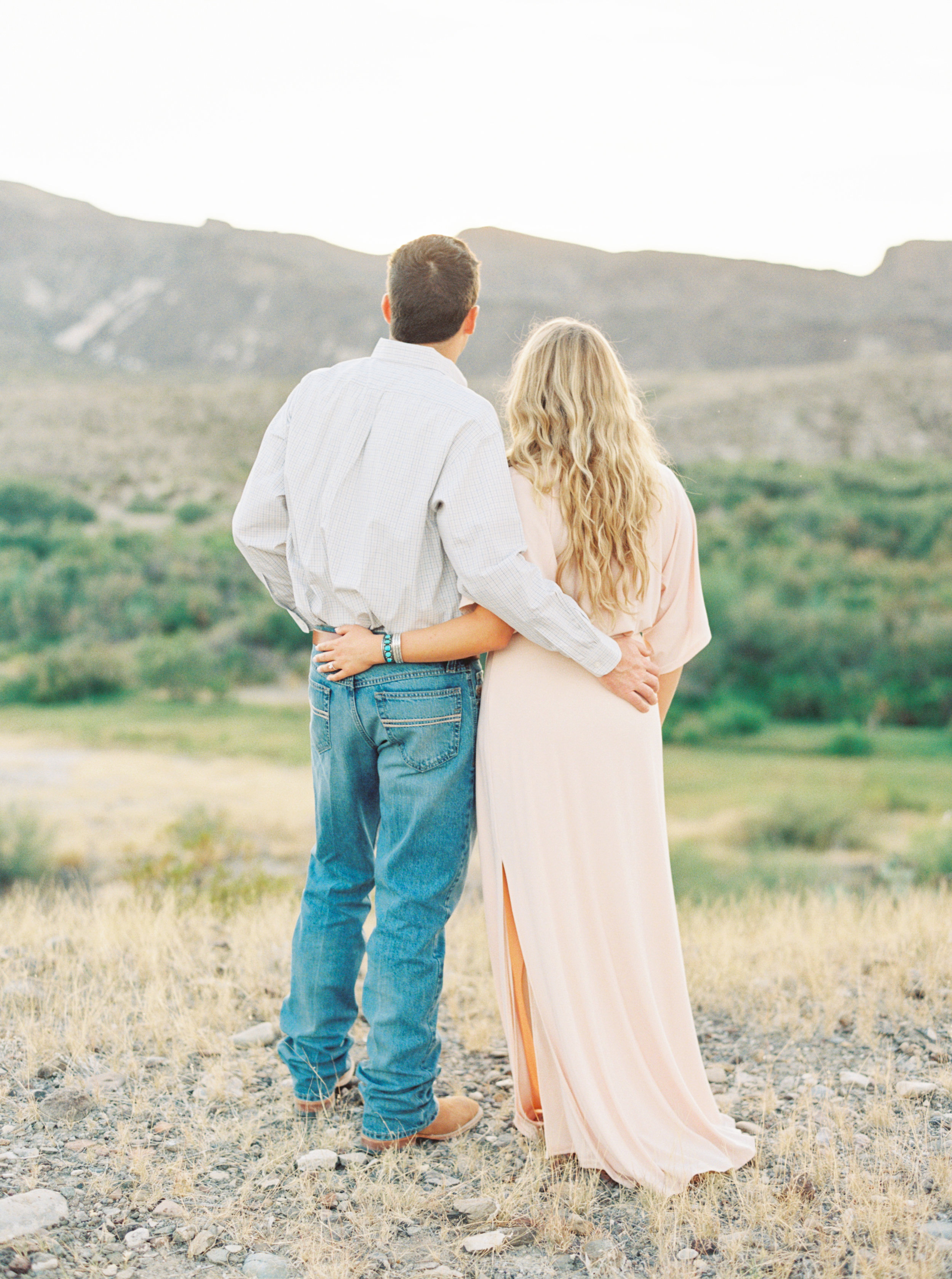 Engagement Session Outfits-184.jpg