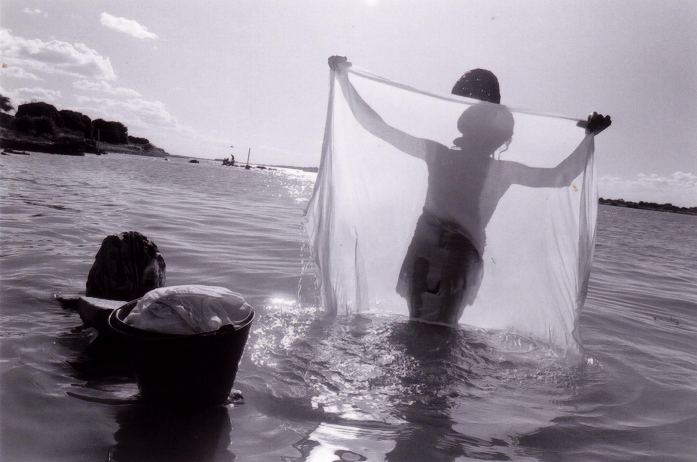 Rio de Vozes - Um documentário de Andrea Santana e Jean-Pierre DuretSinopse:Um retrato das mulheres ribeirinhas do Rio São Francisco, seus quotidianos, seus valores, seus sentimentos de pertencimento à um lugar, um território, à um cultura e o poder de agir desta cultura.Em pós-produção.