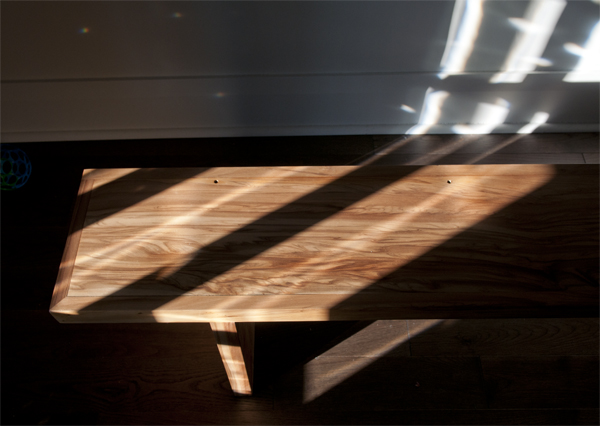 reclaimed_gum_wood_mantle_bench_01.jpg