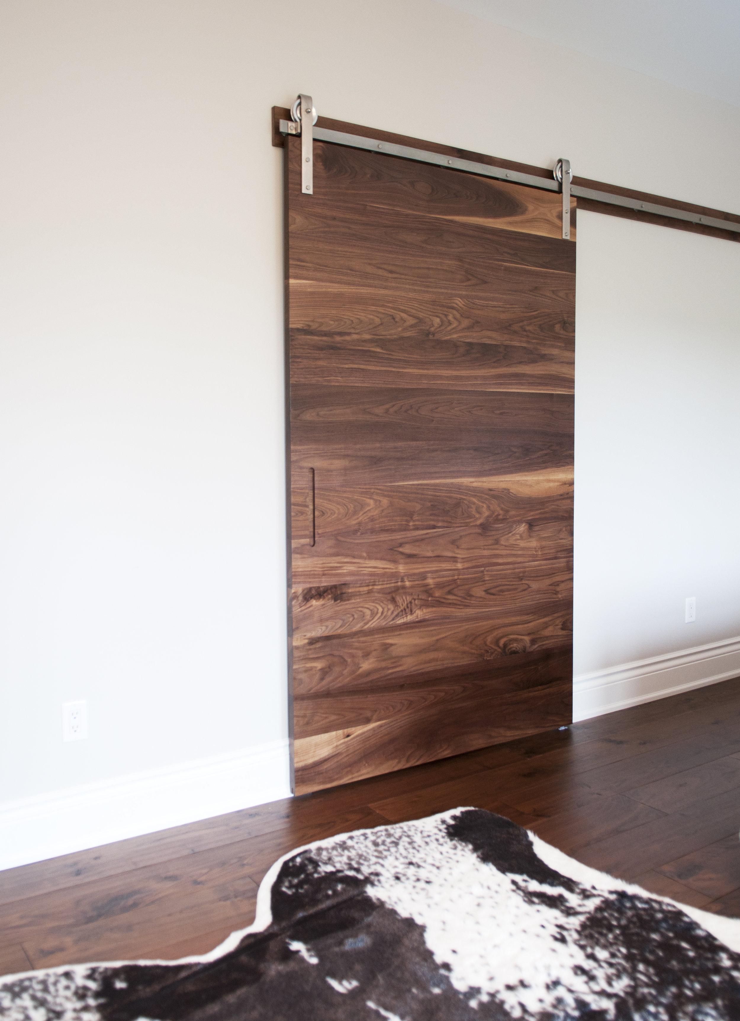 Solid walnut horizontal planks
