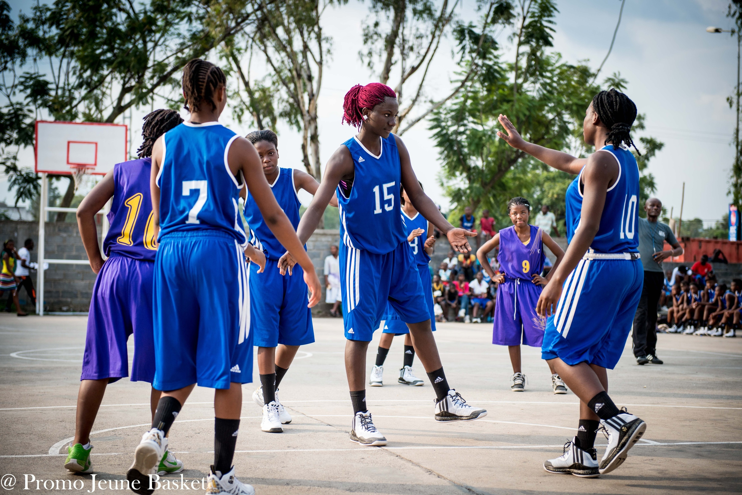 """""""Teams are made when you put aside individual wants for the collective good."""" -Chiney Ugumike"""