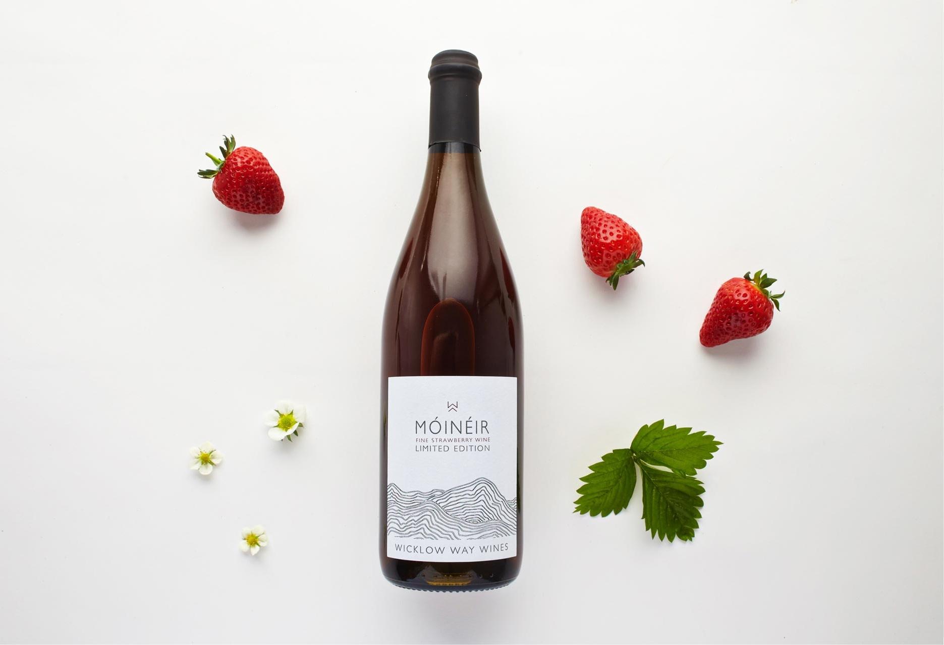 moineir_strawberry_bottle.jpg