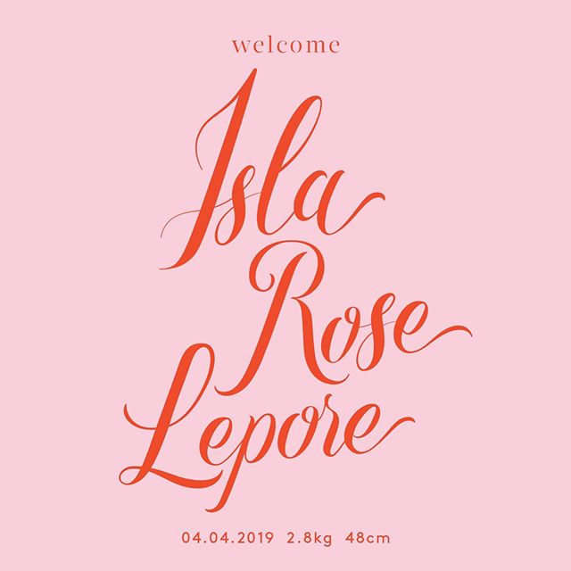 15 minutes every few days and 3.5 months later I have finally sent out these babies. Announcement cards for our littlest babe Isla Rose Lepore. You heard it here first, babies take up a lot of time. Custom hand drawn lettering by Lauren Lepore Creative. Photography @shotfromtheheart_kids