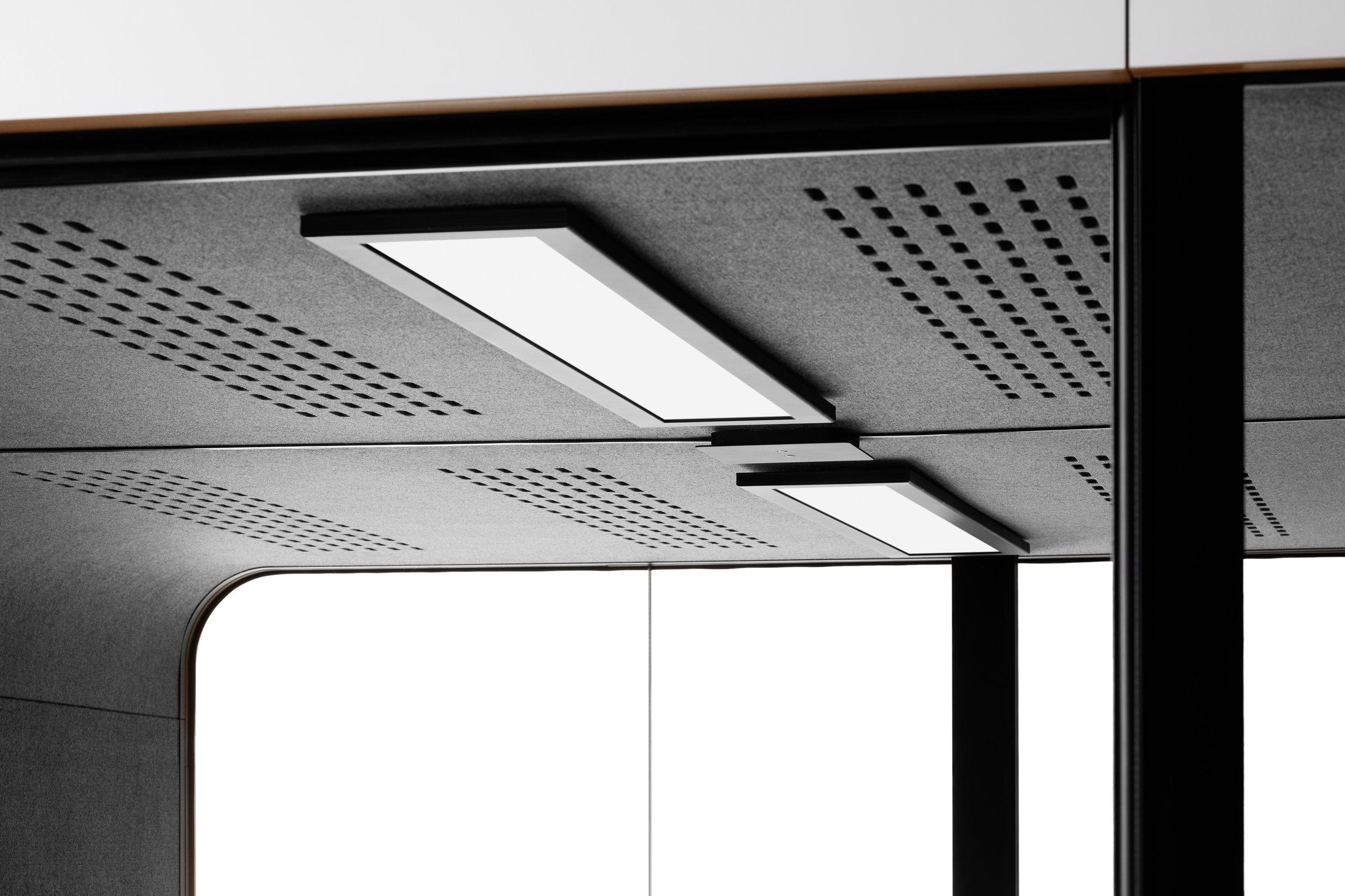 2Q-detail-lights.jpg