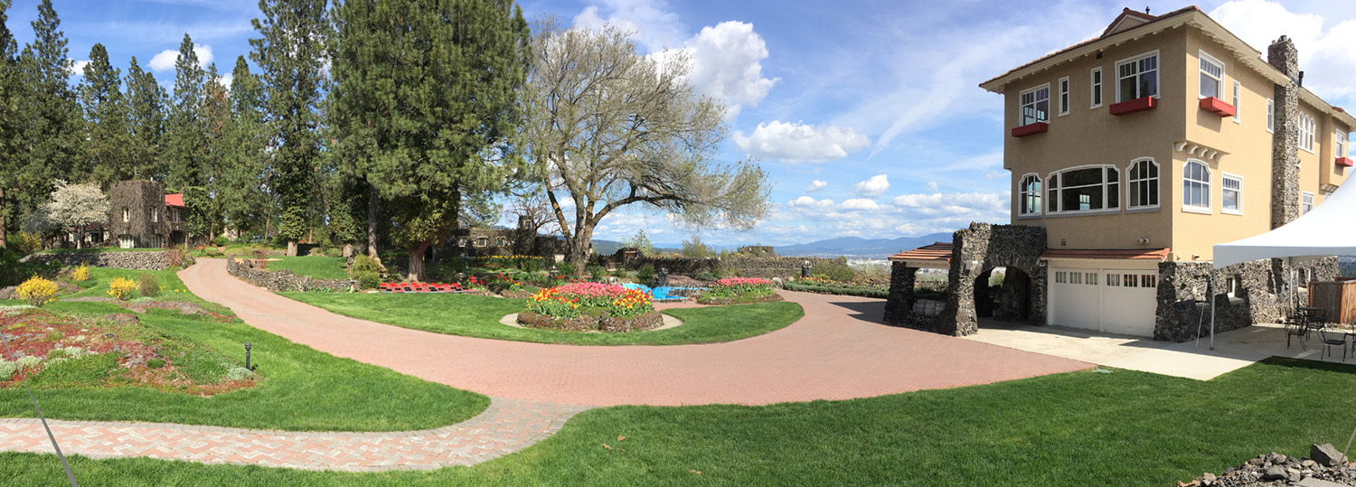The beauty of springtime at the Cliff House Courtyard
