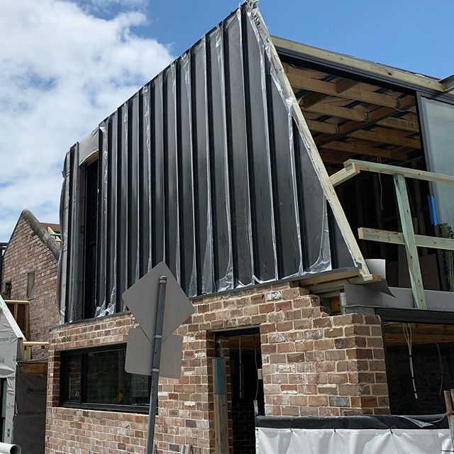 Our latest snaplock  job in Camperdown is all coming together nicely. #snaplock #colorbond #monument #cladding