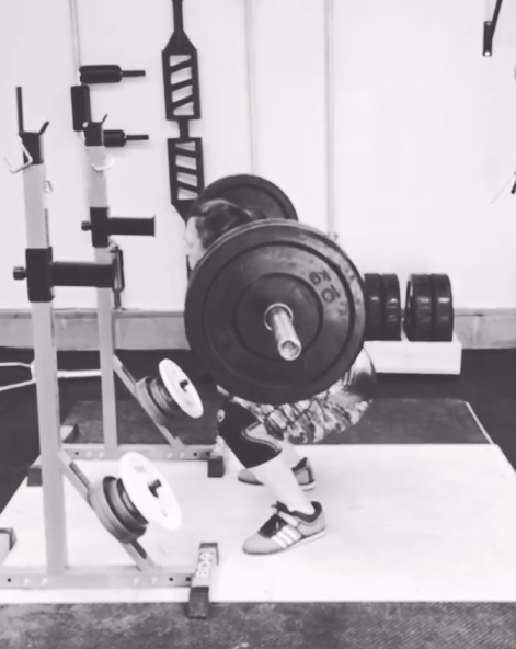 Wendy Squatting 80kgs for reps