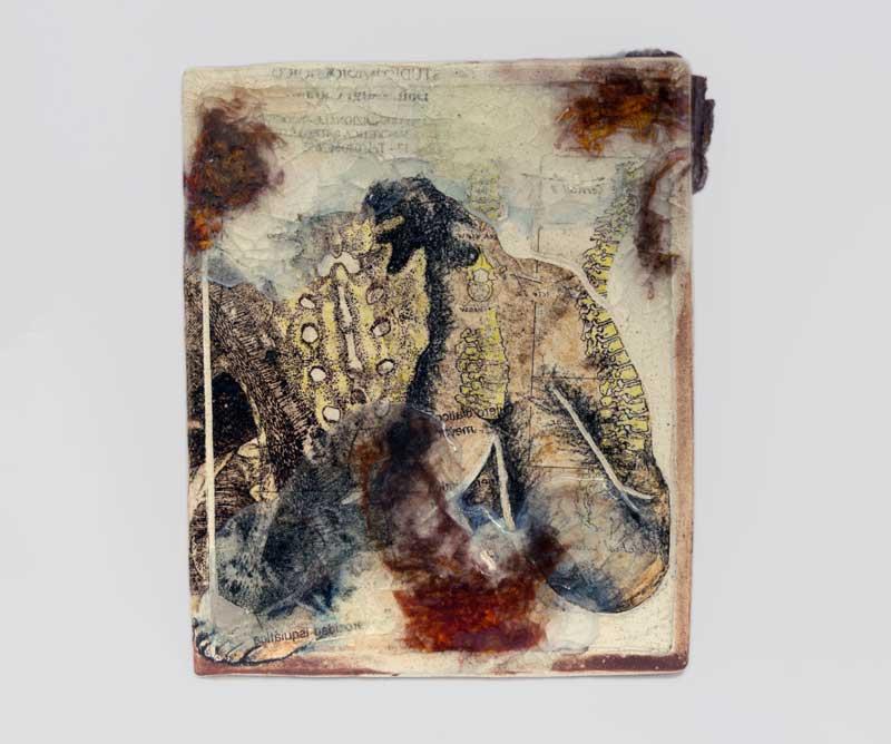 julieta-manrique-columbus-ohio-artist-portfolio-back-pain.jpg