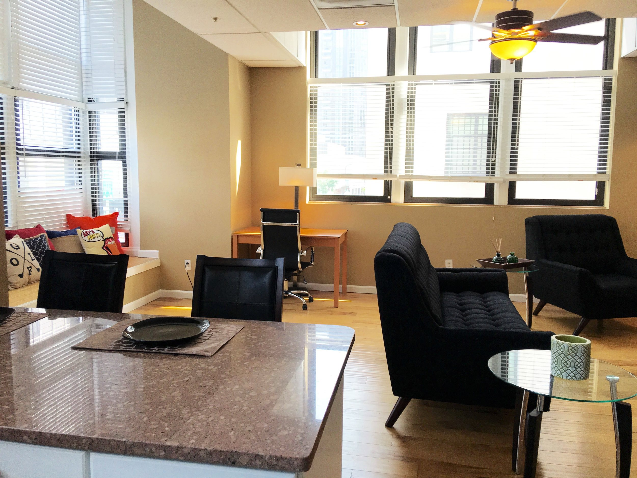 Gallery 400 Downtown St. Louis apartments for rent