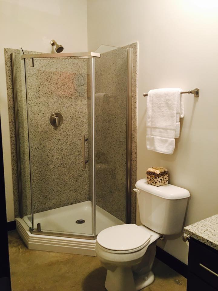 Studio bathroom.jpg