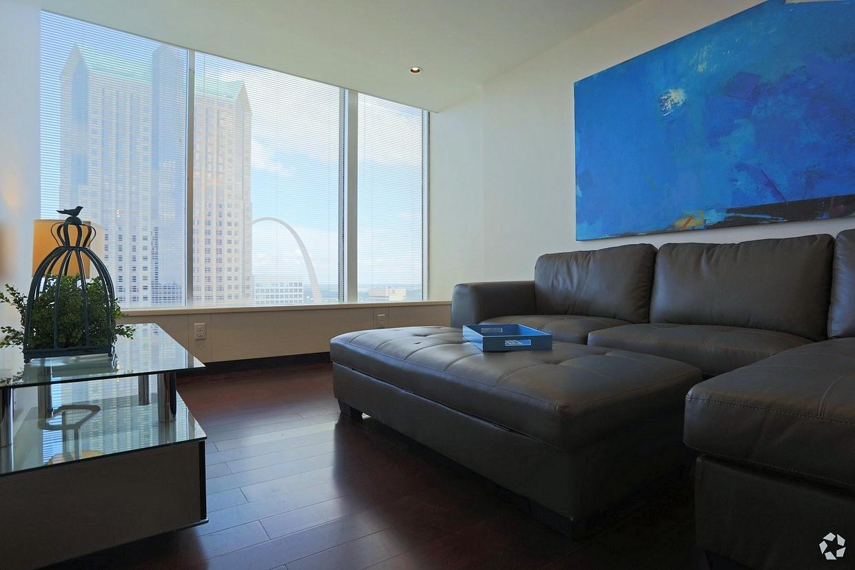 03-Living Room - Copy.jpg