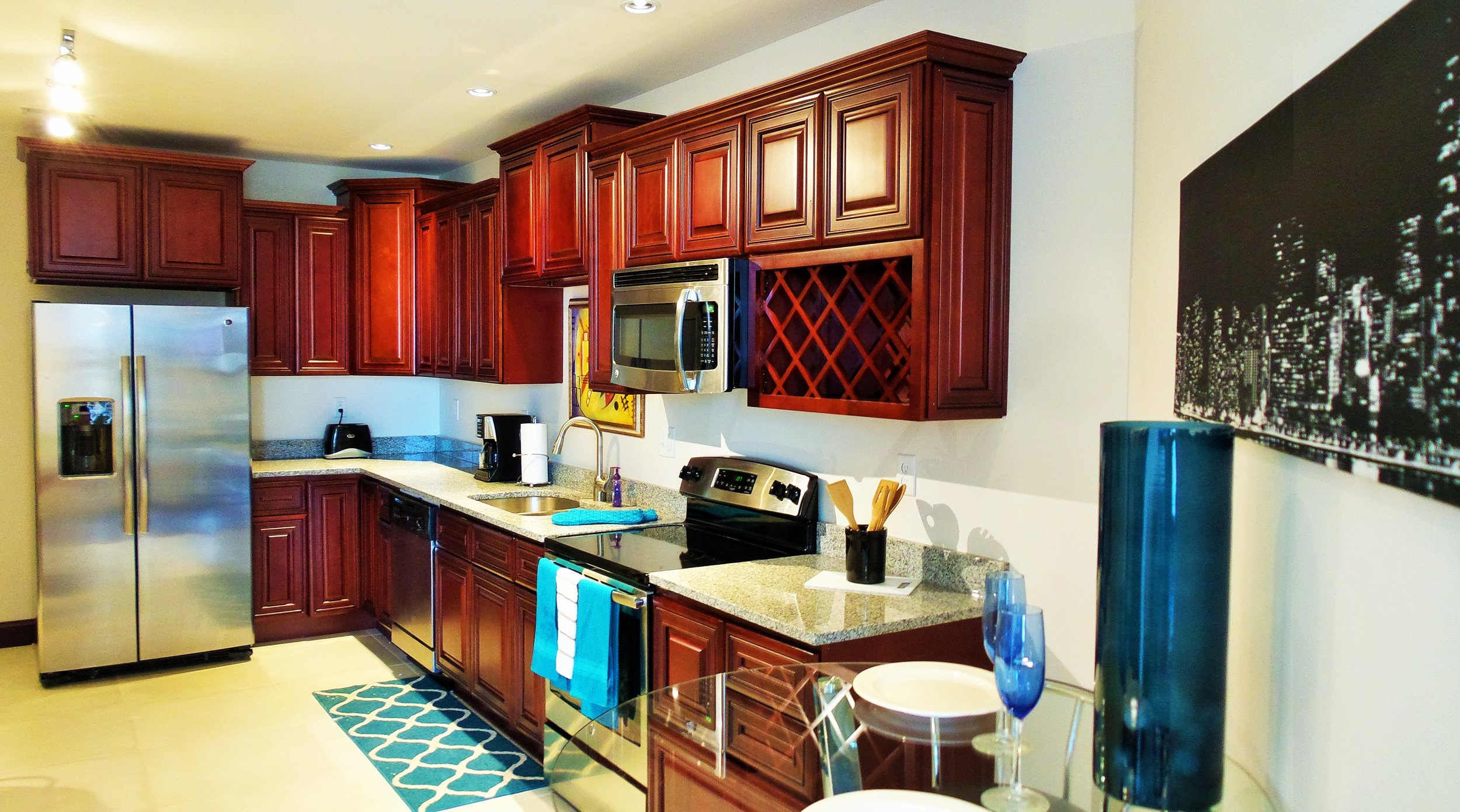 1B1B  Kitchen.jpg