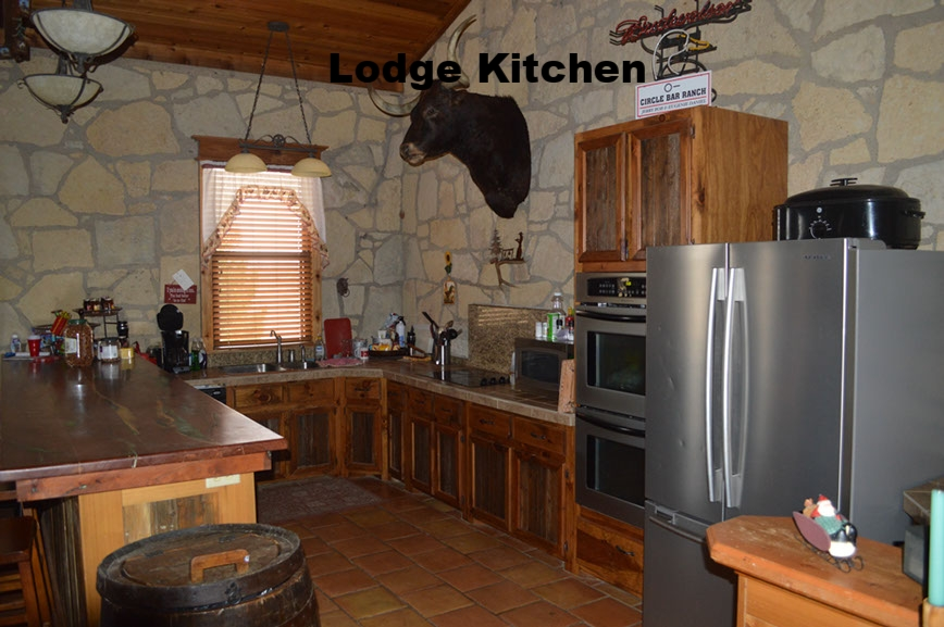 thecirclebarranch_lodge_8.jpg