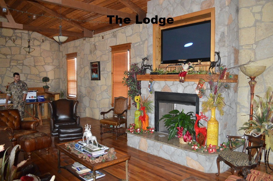 thecirclebarranch_lodge_10.jpg