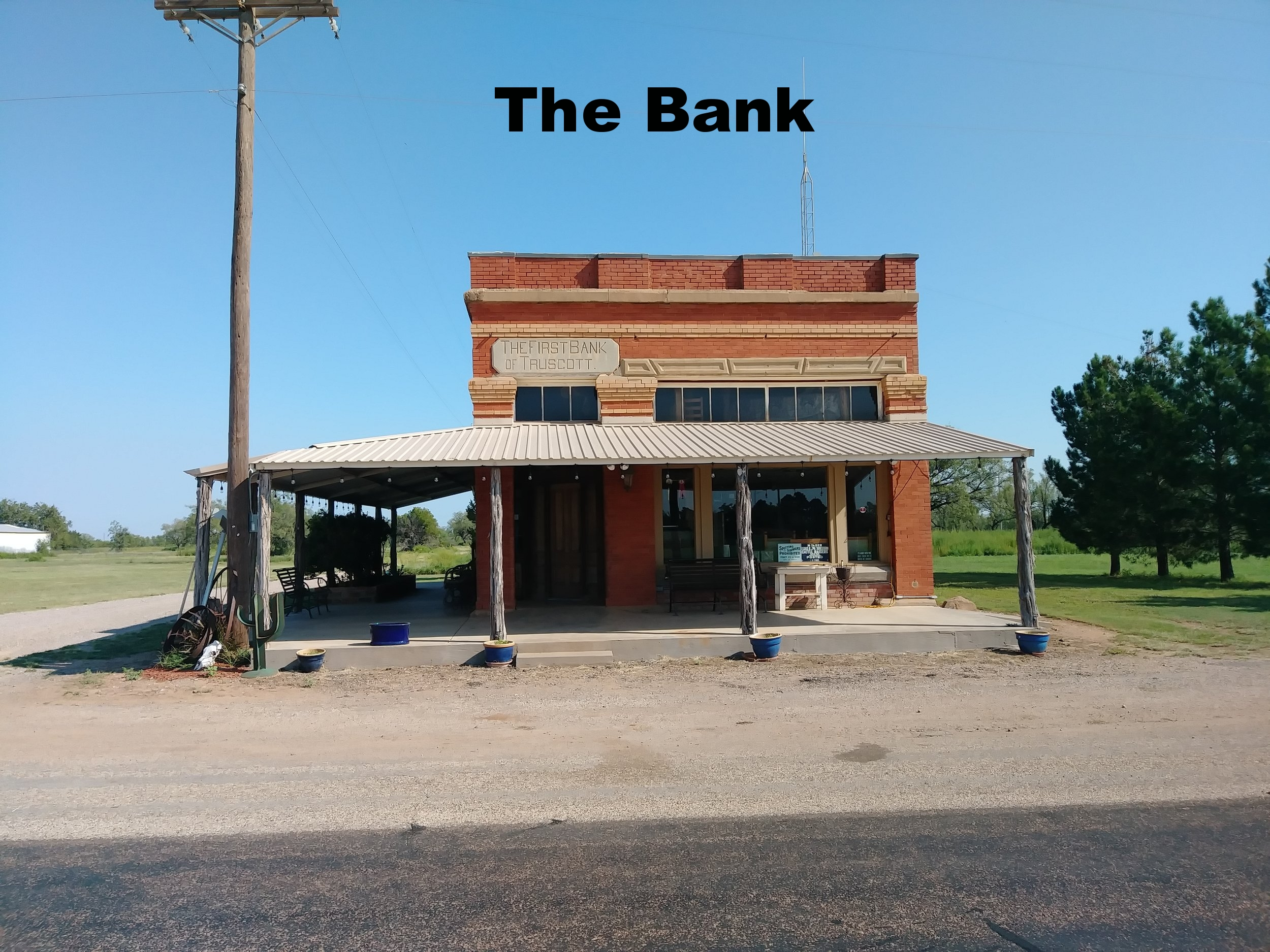 Bank_office_circlebarranch.jpg