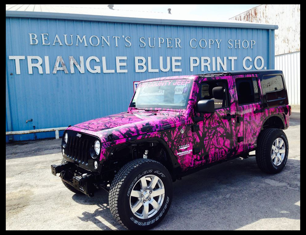 pink camo Boat.jpg