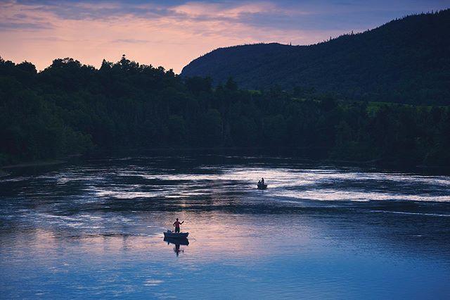A beautiful evening on the Humber River. Loving the west coast vibes this summer! #salmonfishing #flyfishing #outdoorliving #westcoastlife #sunset #sunrise_and_sunsets #sharecangeo #makemoments #explorenl #nlwx #exploremore #loveoutdoors #simplyadventure #humbervalleyresort @imagesofcanada @canadiancreatives @sunsetorsunrisemagazine @explorecanada @livelovecanada