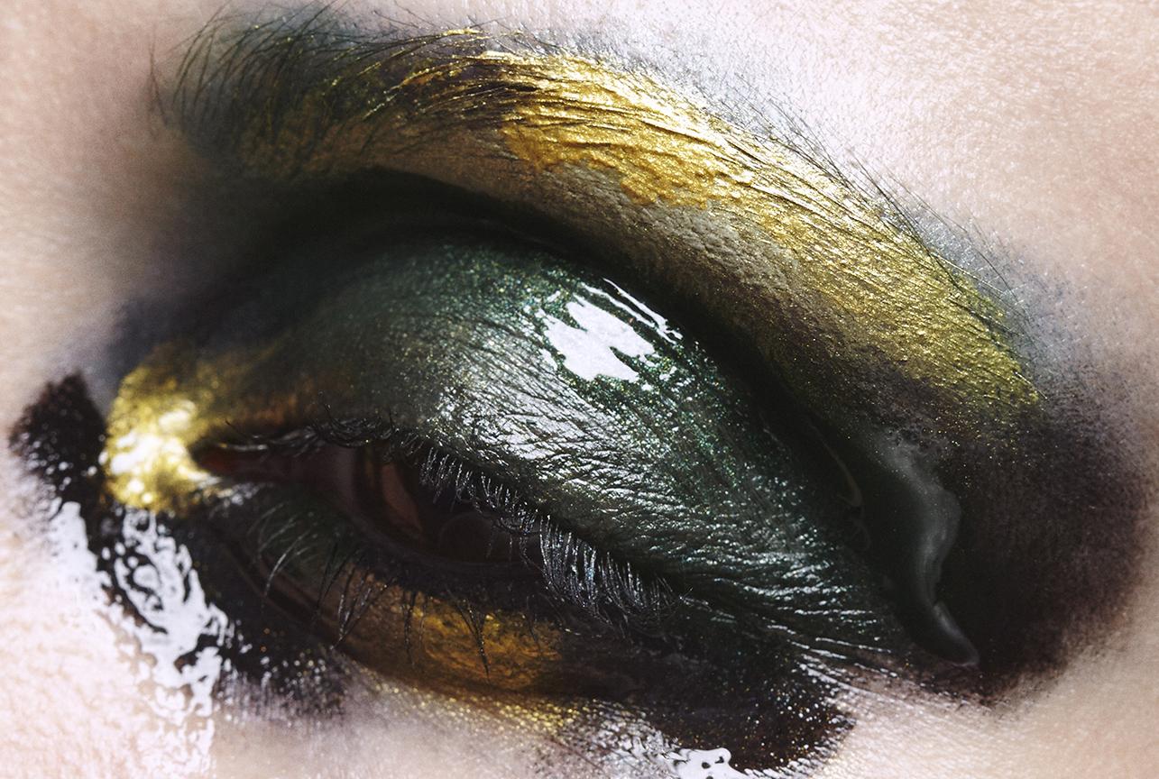 050916_JewelMacro_05_Eye_026_100_WEB.jpg