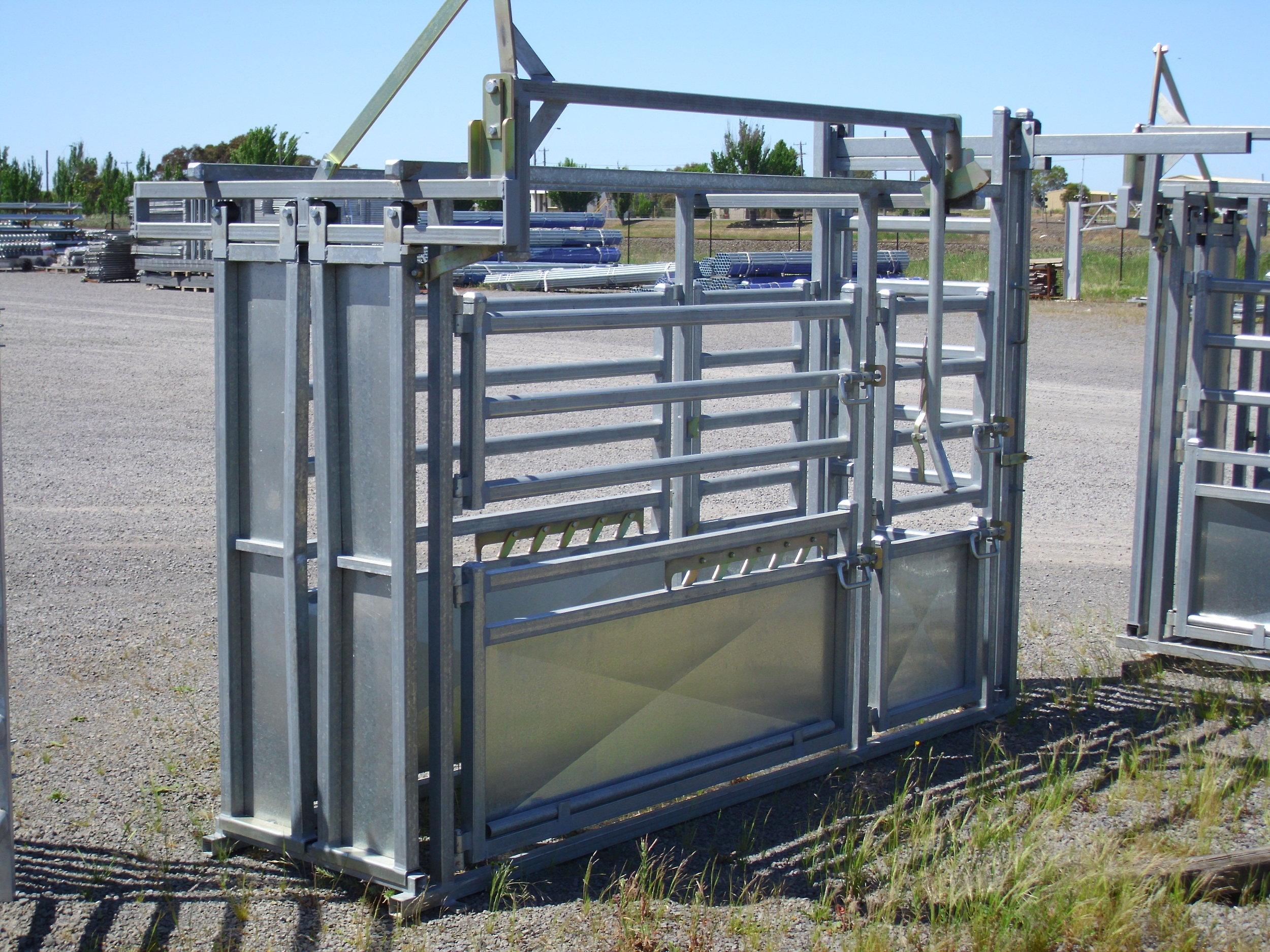 vet cattle crush3.jpg