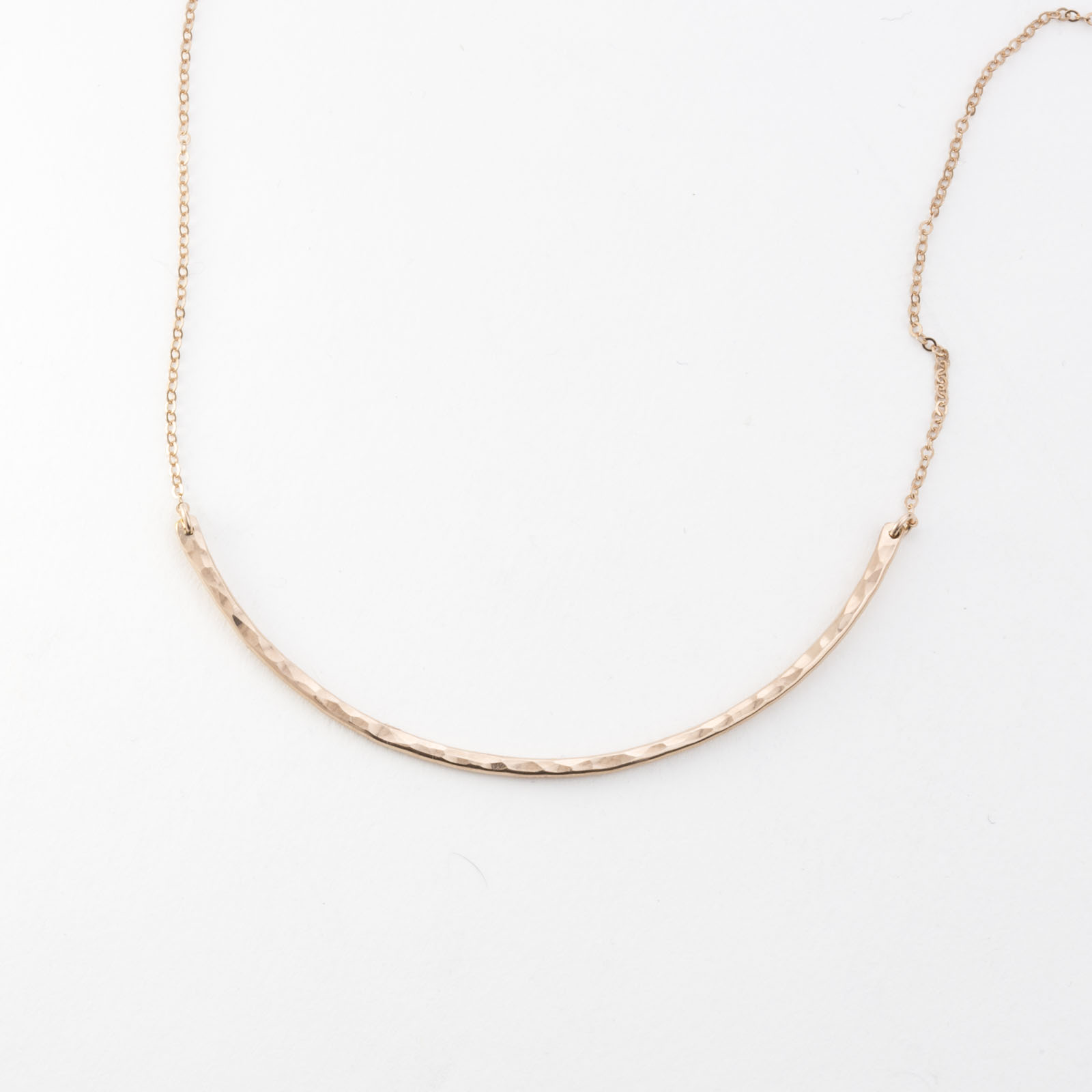 GLDN Curved Bar  Necklace