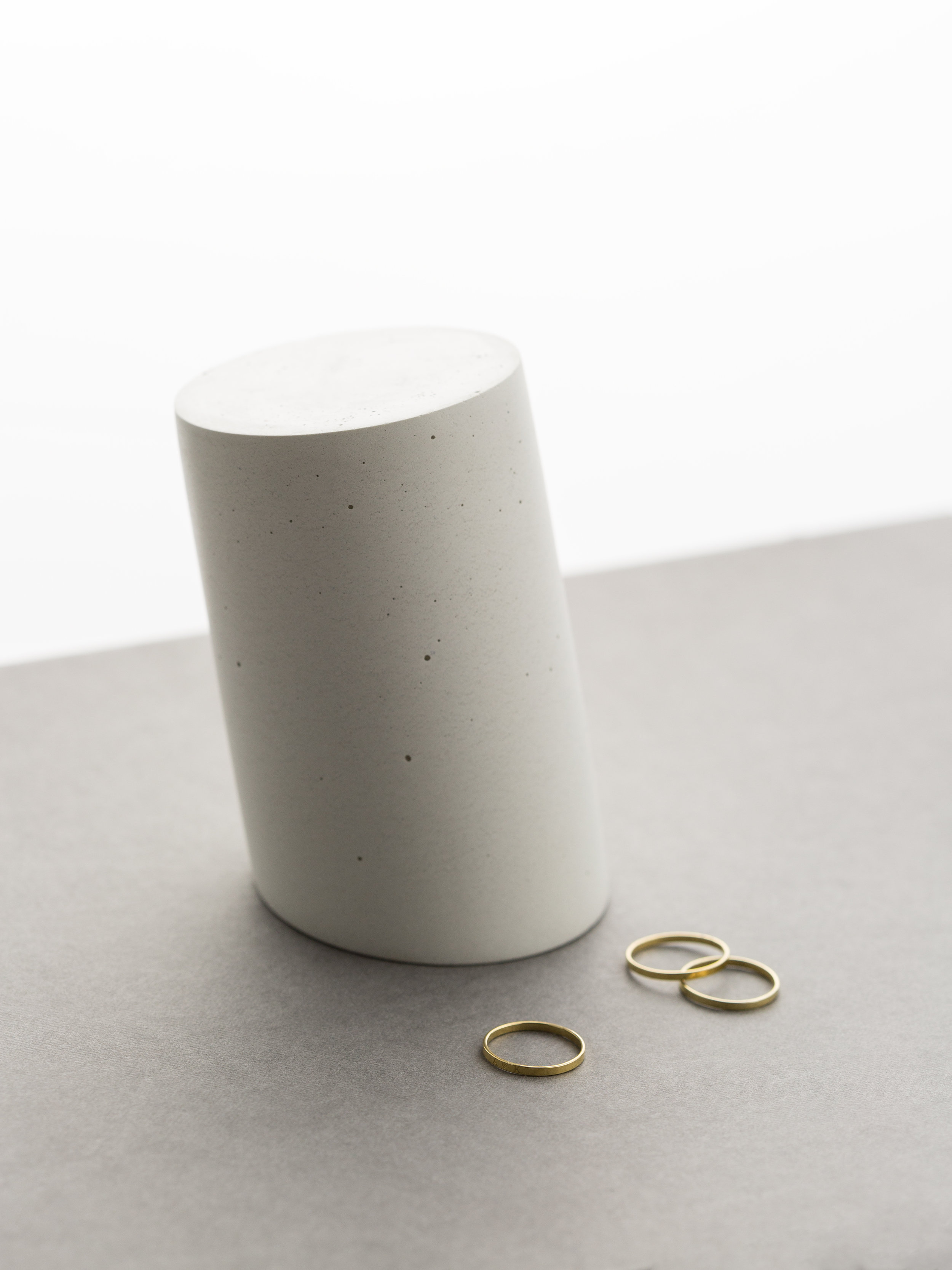 Concrete Vessel:  IN.SEK , Rings:  RHONE BAND  by GLDN