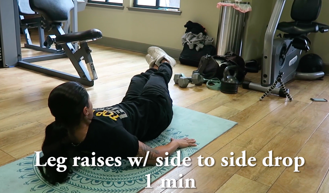 personal trainer abs side drop