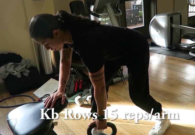 Rows with Kettlebell in home workout