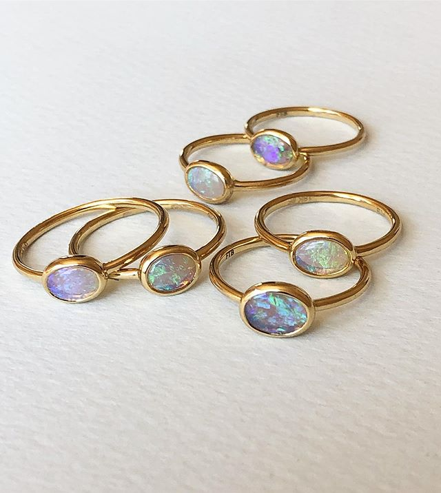 The light / form rings — a simple addition to your ring lineup, the east west setting is flattering on the finger and adds a soft hint of blue 💧