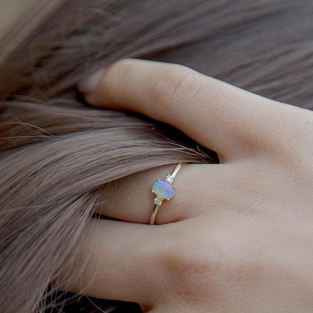 Soft, ethereal tones — the azure ring ✨ online now and available to order in half sizes 🕊