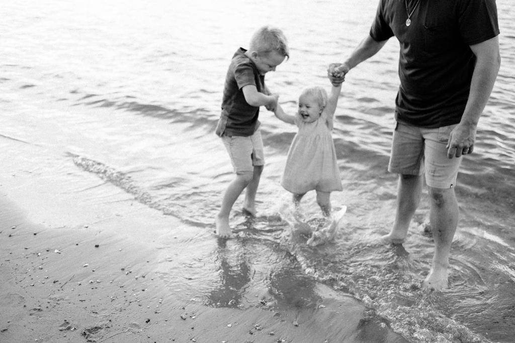 sunshin coast family photography-75.JPG