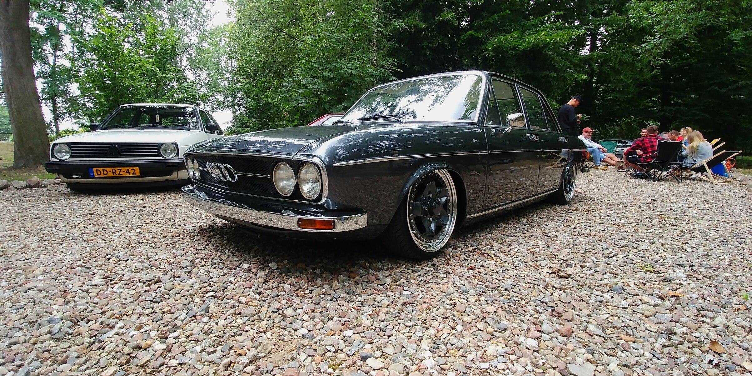 Pittworks Audi 100 C1 '72