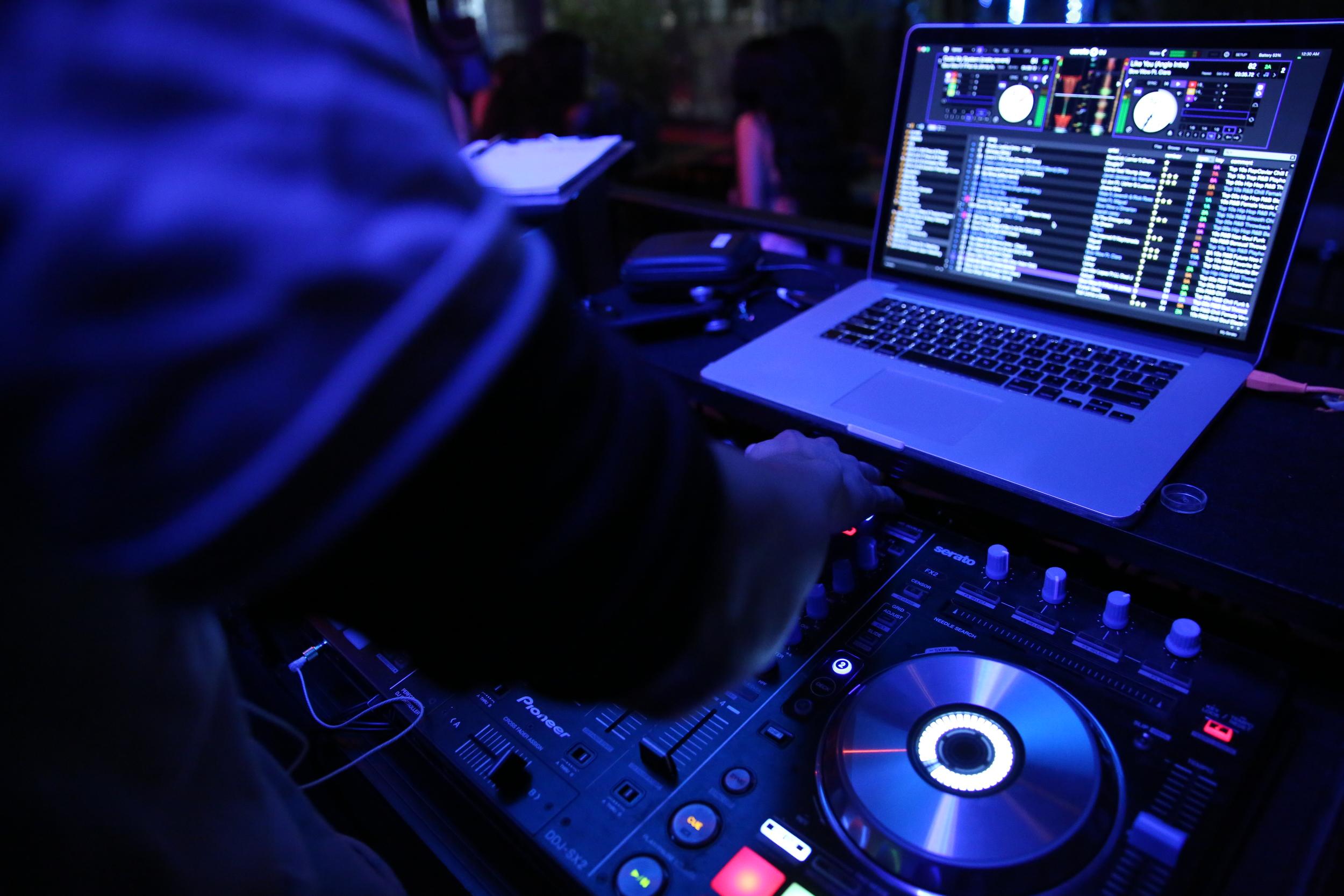 DJ MOJOE Performing at Royal Bar in Hollywood, CA