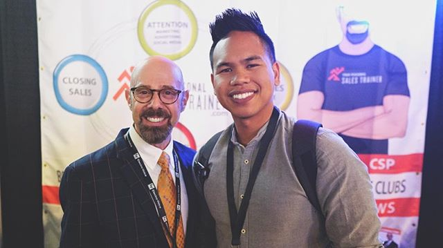 Had an amazing week at Mobile Beat Las Vegas! ✨ I'm continuously learning and growing in our craft so we can create better experiences for our clients. 💯 Life is worth celebrating and I want to be a part of it. Thank you friends and @mobilebeatmagazine for another great year! 🙌 @alanberg @djhapa @realmarcsummers   #mblv23 #djeducation #djmentor #djmojoe