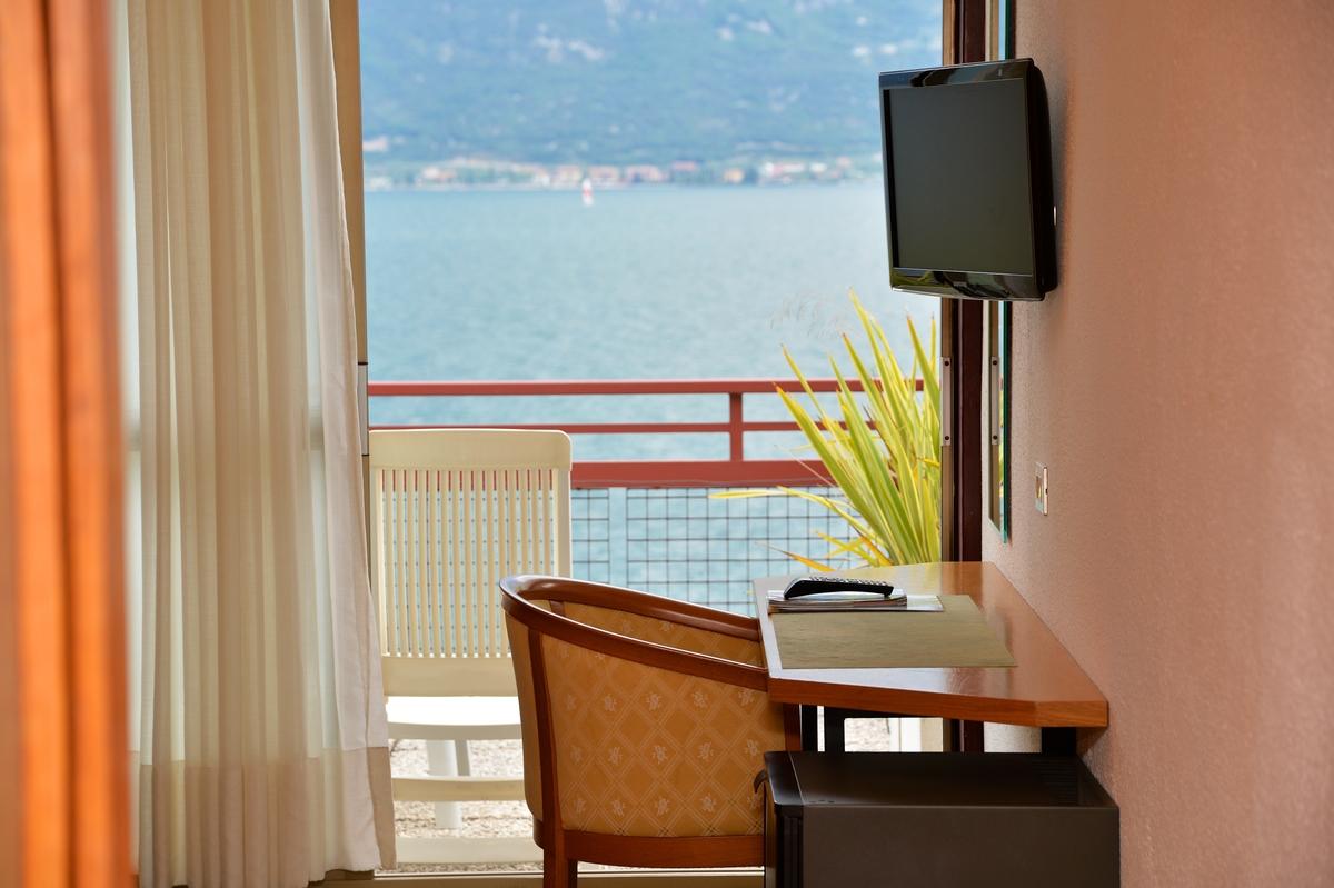 hotel-lido-limone-garadasee-082.jpg