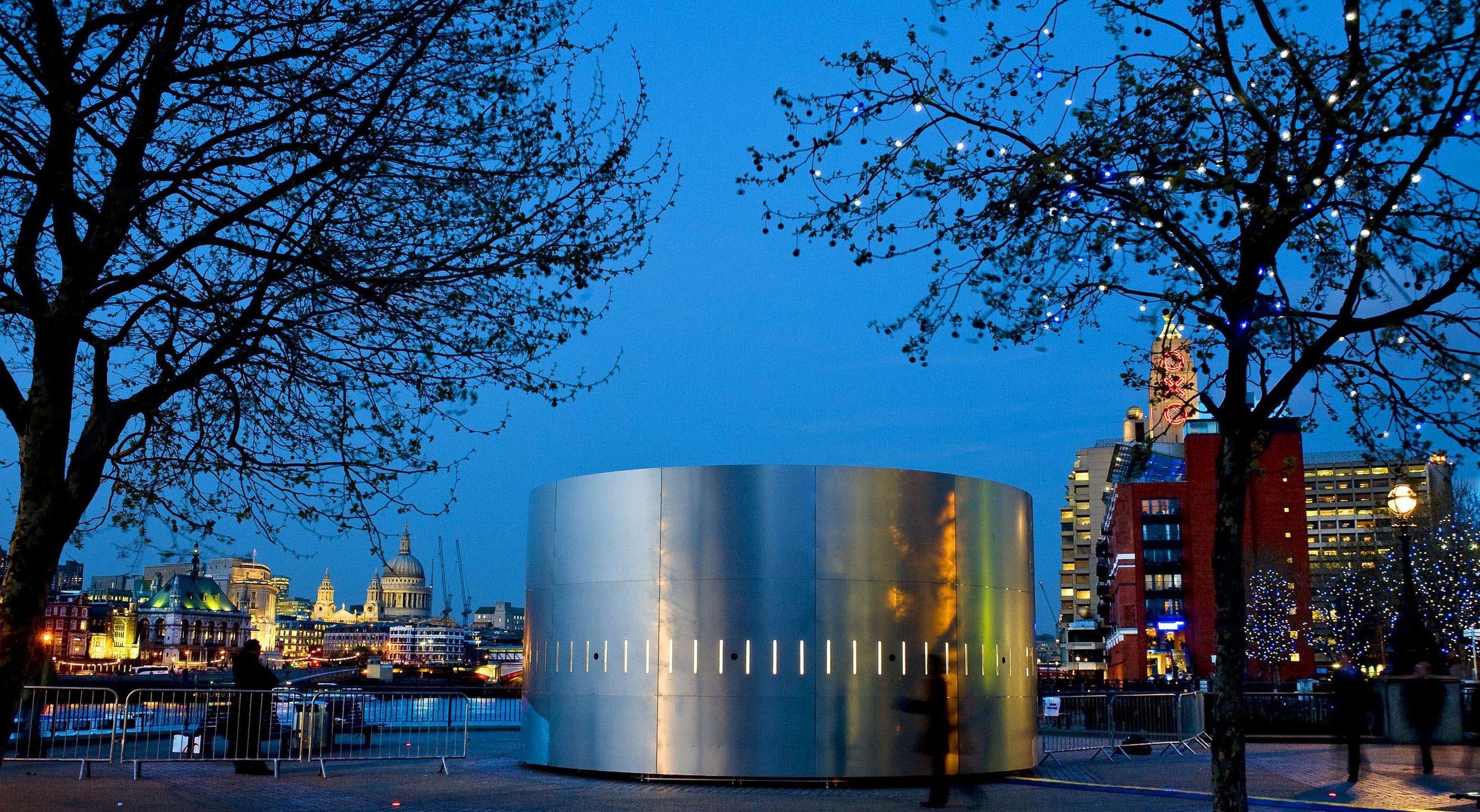JBS_O2MemoryProject_ London_Night-panorama_sm.jpg