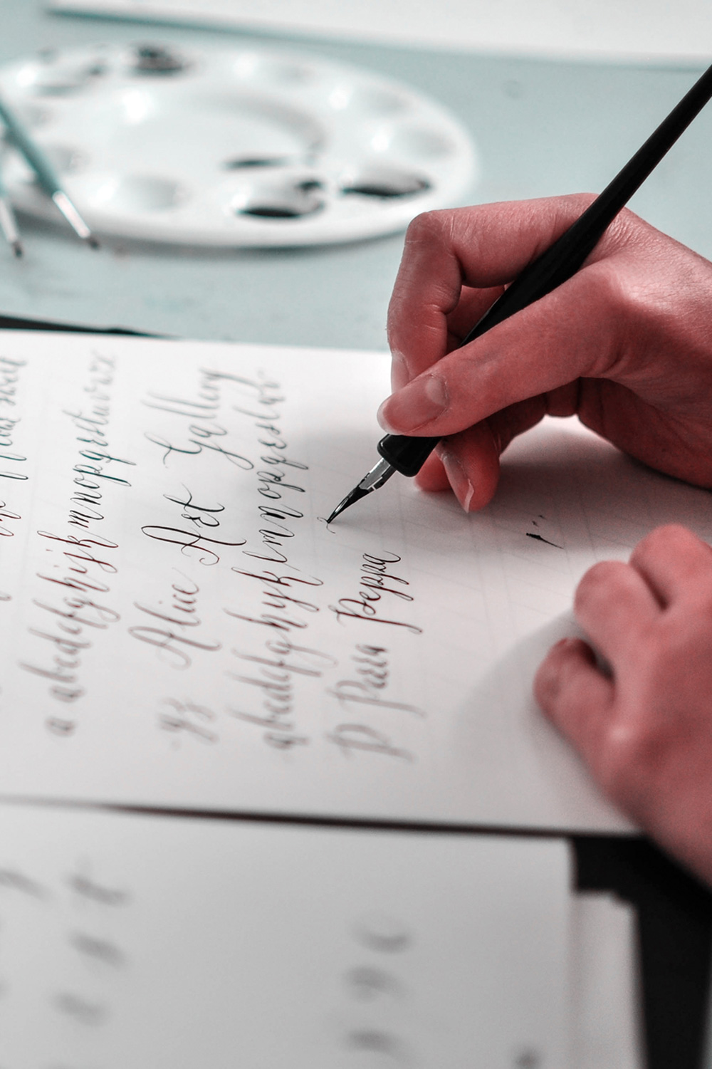 KateHursthouse_Intro-to-Contemporary-Pointed-Pen_Calligraphy3.jpg