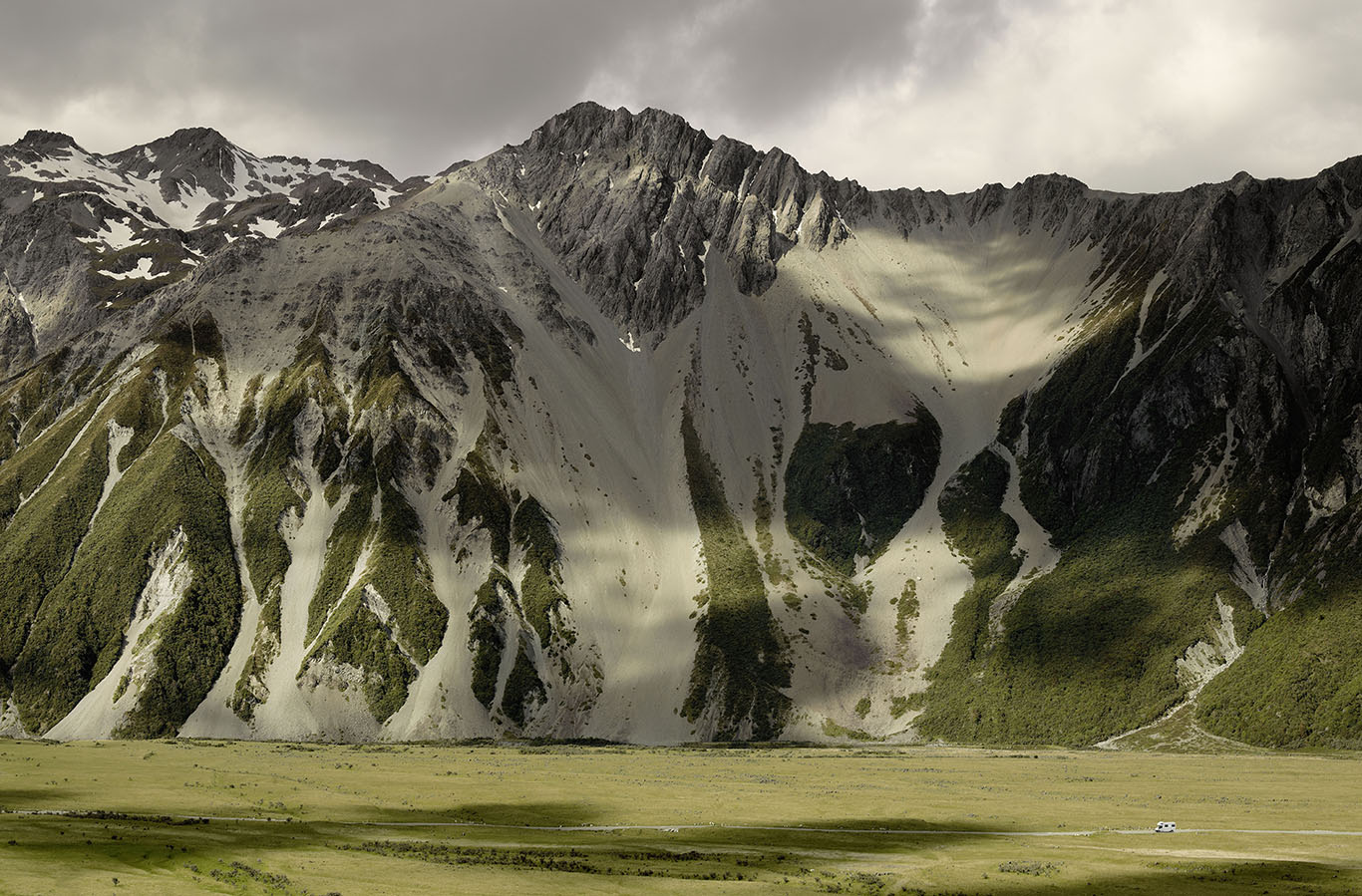 Mount Cook_LittleBus.jpg