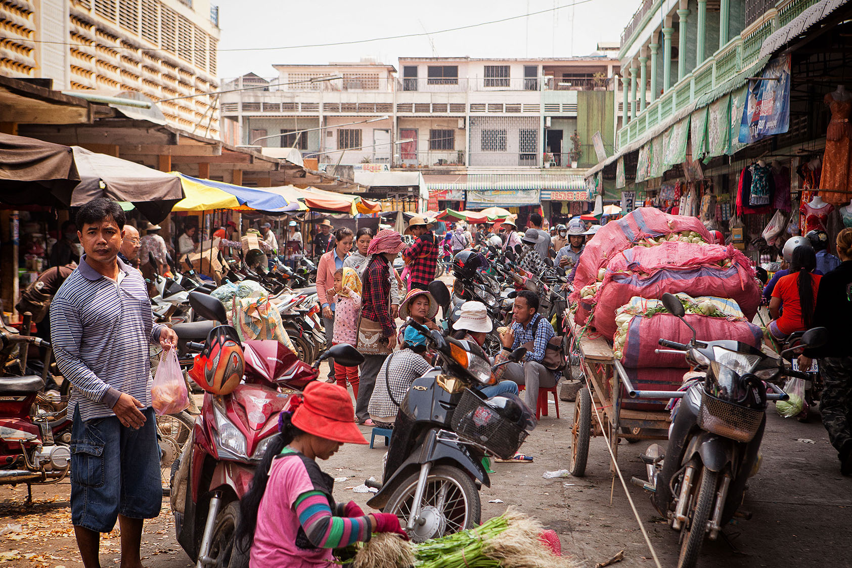 Motopeds_Cambodia-22.jpg