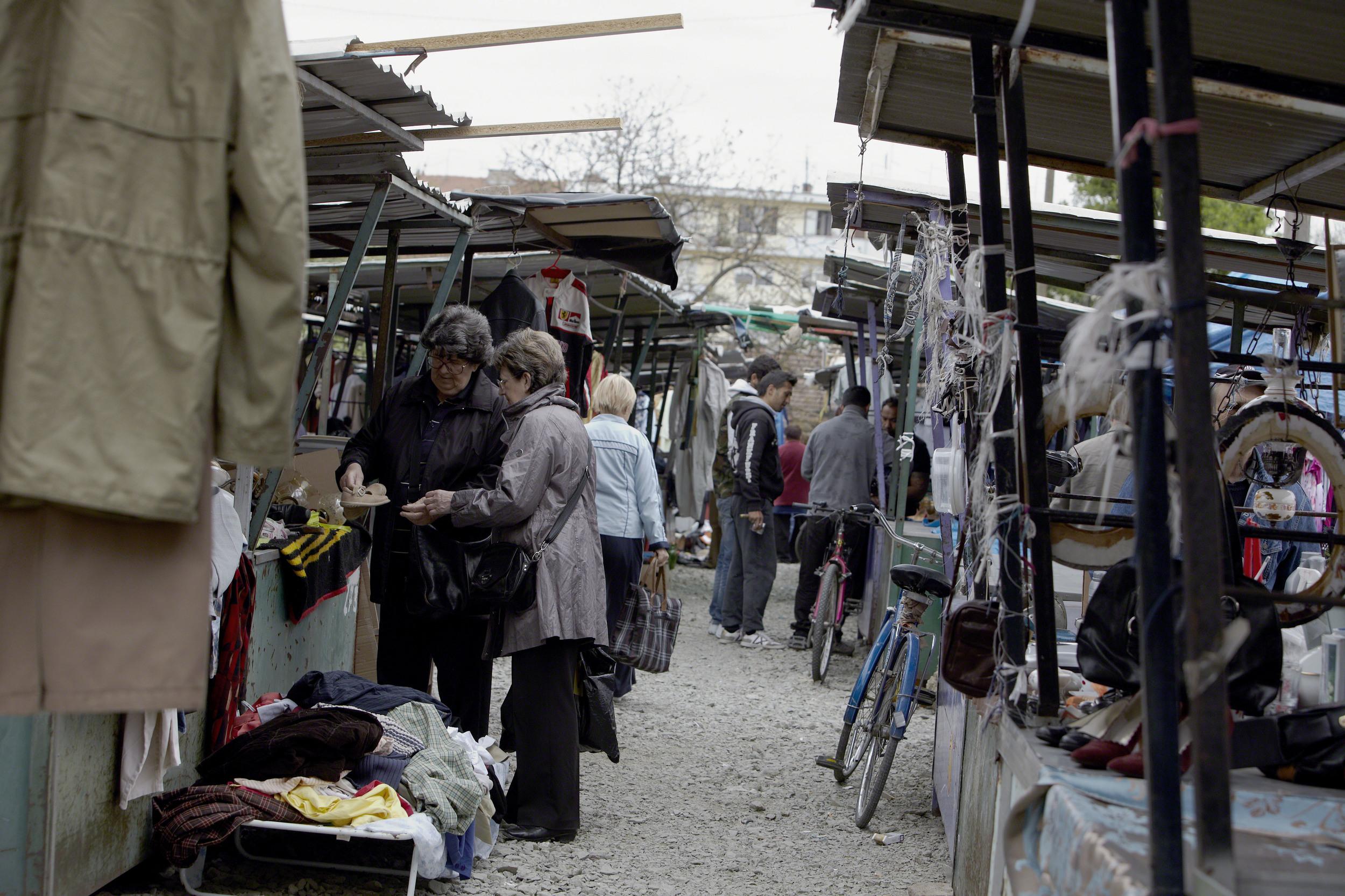 SL.Brod_OpenMarket_ Gypsys04.jpg