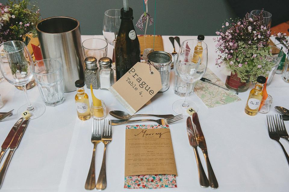 wpid332687-london-pub-wedding-charlie-brear-33.jpg