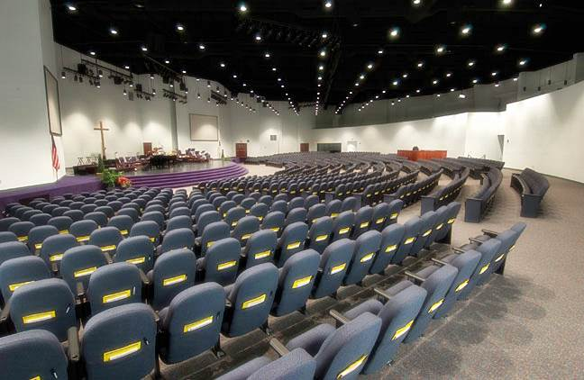 Crossroads-with-Theater-Seats-Side-View1.jpg