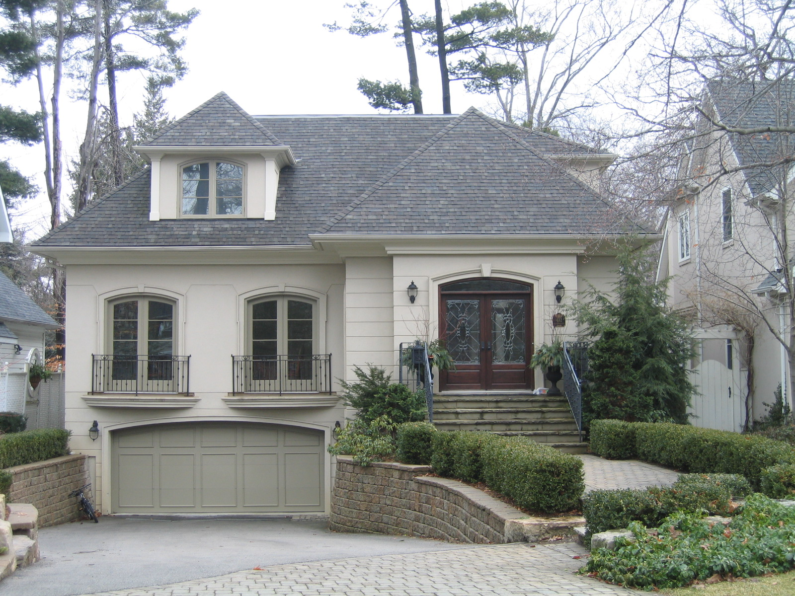 RESIDENTIAL STUCCO -