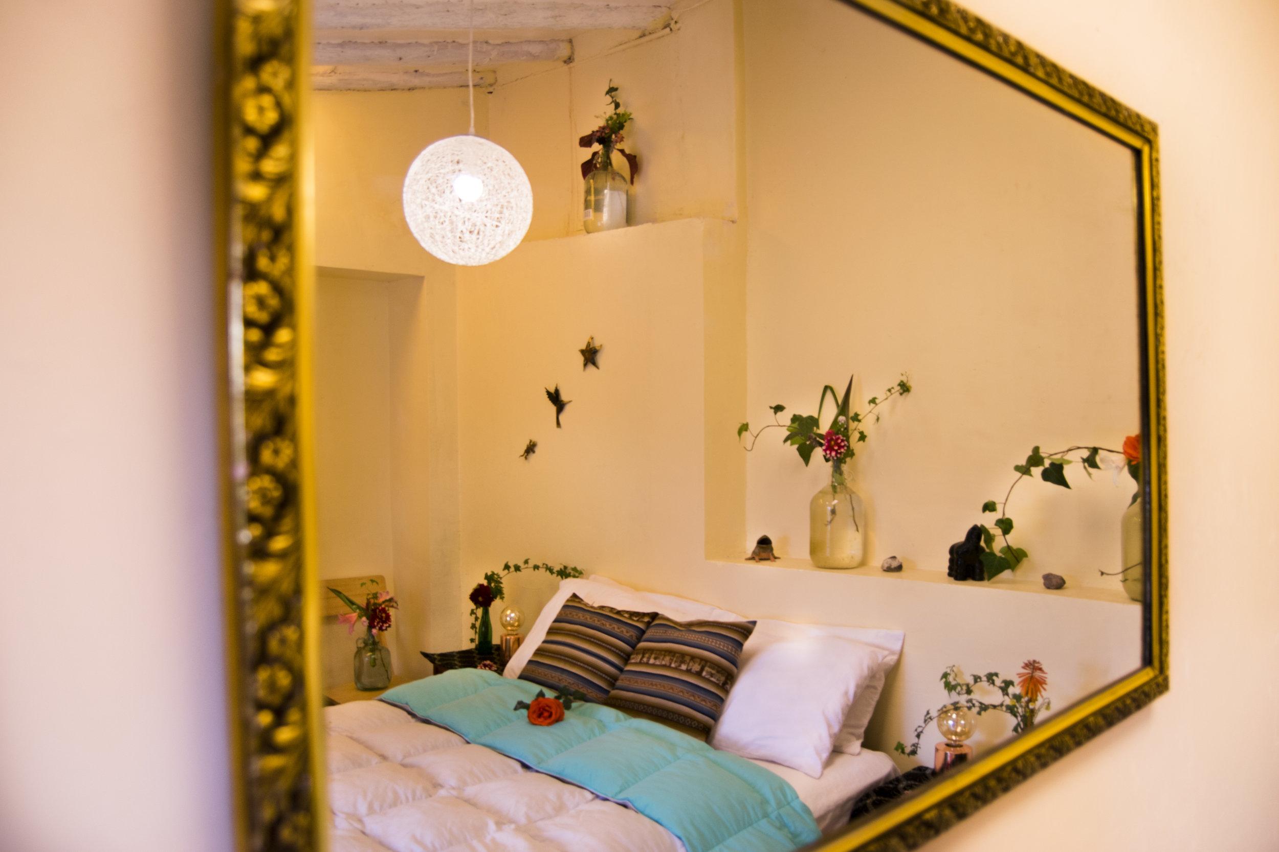 Mirror Room 1.JPG