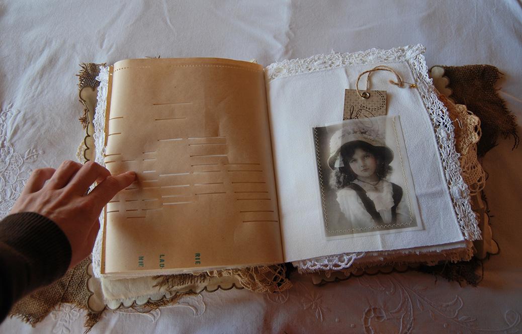 RagsLace-FabricPaperBook20.jpg