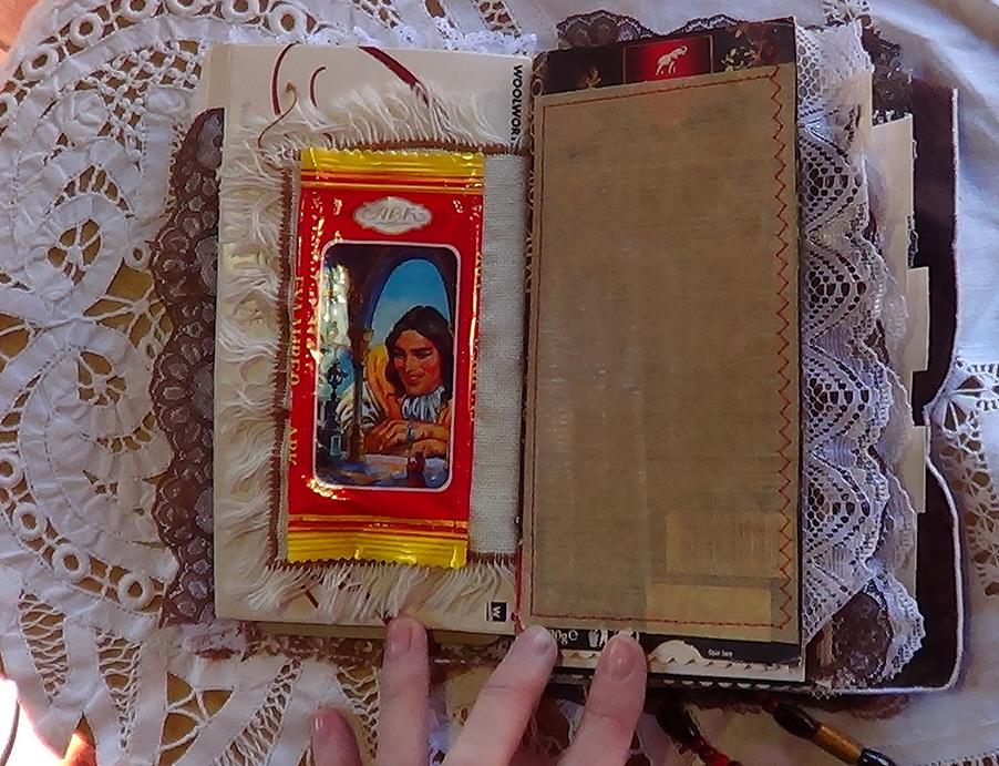 Chocolate_Book_Journal06.jpg
