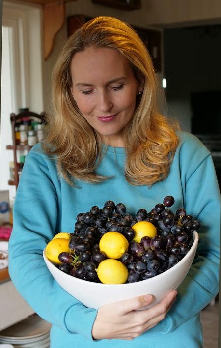 Annie_Hamman&Grape_Diet3.jpg